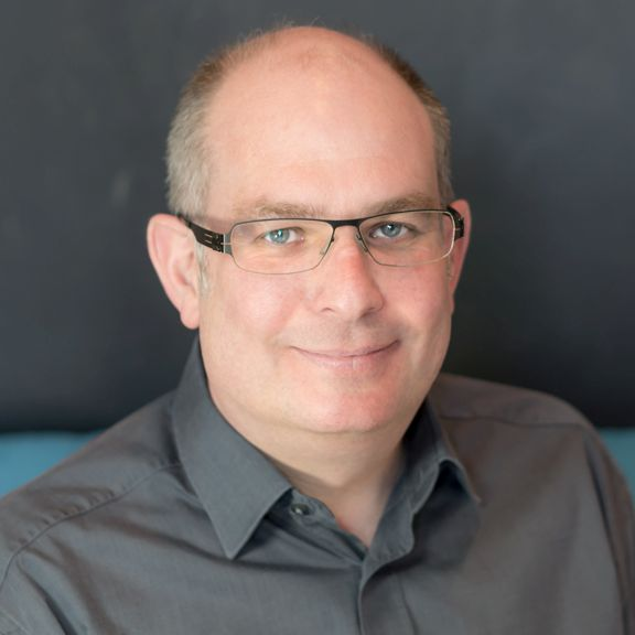 Simon Martinelli - header image